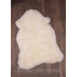 English Sheepskin, off-white, approx. 120 cm