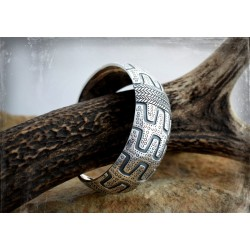 Heavy Viking silver bracelet / arm ring from Gotland