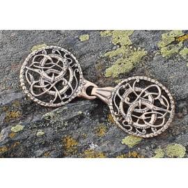 Cloak brooch, bronze URNES style
