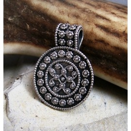 Small Viking filigree pendant, replica in bronze