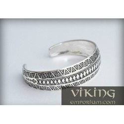Silver Viking stamped bracelet from Gotland