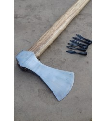 Hand forged axe Axe made of carbon steel, polished