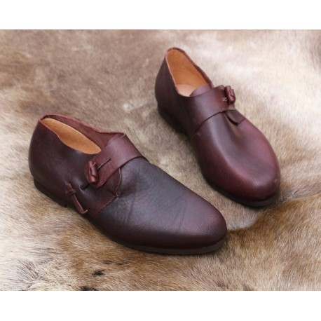 Leather viking shoes